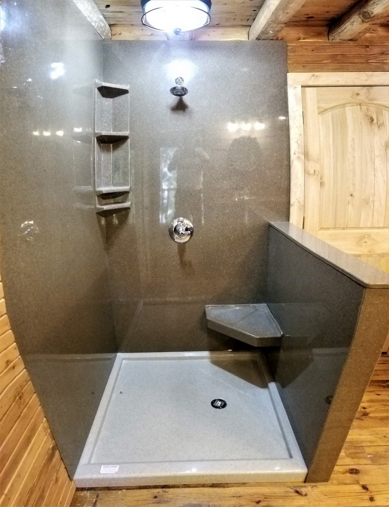 Images of onyx showers